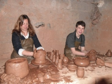 Pottery training course :  turning technique